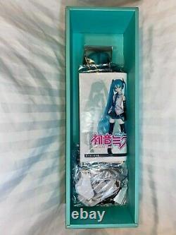 NEW VOLKS Dollfie Dream Doll Hatsune Miku Vocaloid